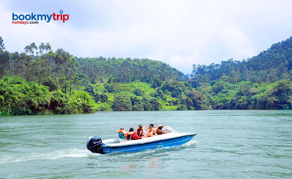 Bookmytripholidays | Festive Holiday at Kerala | Luxury tour packages