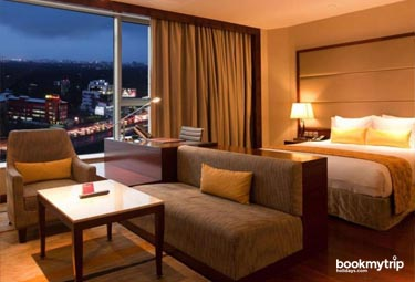 Bookmytripholidays | Crowne Plaza,Kochi  | Best Accommodation packages