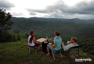 Bookmytripholidays | Hills and Hues ,Thekkady  | Best Accommodation packages
