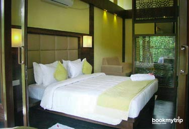 Bookmytripholidays | The Mountain Courtyard,Thekkady  | Best Accommodation packages